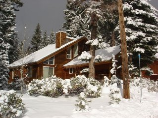 North Shore Lake Tahoe - Near Ski Resort and Beach