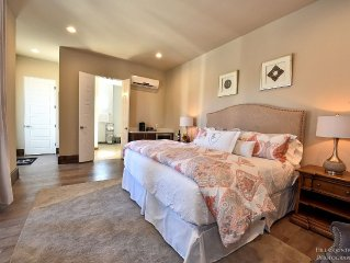 Room 10 at Barons Creek Vineyards- 1/8 Guest Rooms- 290 Wine Tours