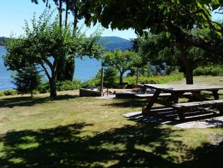 Waterfront Property close to Discovery bike trail