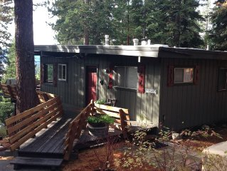 Lake View, Privacy, Hot Tub, Walk to Tahoe Park Beach & Sunnyside Resort