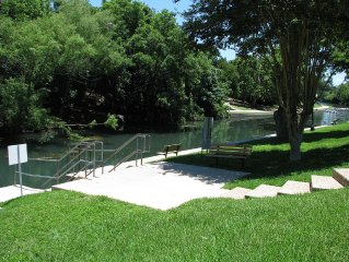 'River Run One'...Comal Waterfront Condo! Walk to Downtown!