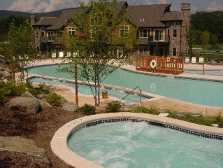Mountain Creek.  Luxury 3 Bedroom 2 Bath modern condo in Black Creek Sanctuary