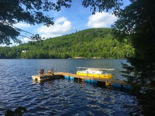 June Sale! Riverfront Cabin w. kayaks*Gatineau Park. Just 17min to Ottawa!