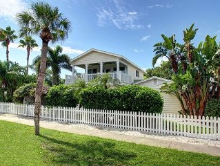 'Sea Breeze' - Beautiful Clearwater Beach Home - Heated Pool, Spa & Grill
