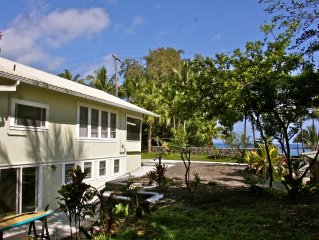 Waiuli Beach Cottage ~ Oceanfront at Richardson Beach Hilo Swim & Snorkel