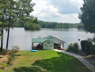 New Listing! Beautiful deep water view! Pets ok, linens/towels on request