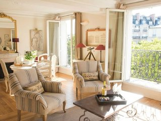 SALE! Incredibly Romantic Light Filled 1 Bed w/Balcony and Amazing Eiffel View
