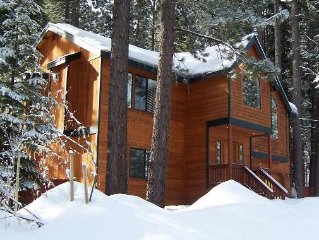 Beautiful  South Lake Tahoe Cabin With Hot Tub