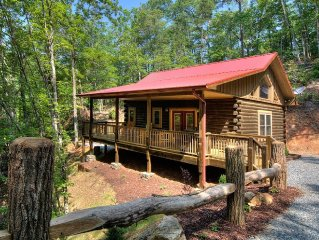 Helen's Hideaway:New Luxury Honeymoon Suite-10 min from Polar Express and NOC