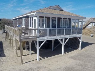 Renovated Cottage W/Screened Porch, Ocean View, 4 Minute Walk To Beach!