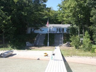 Big Glen Lake Cottage - Sleeping Bear Sand Dunes