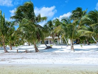 Spacious 3 BR Villa Directly on 515 Foot, Secluded, Tranquil, Private Beach