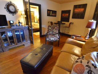 The Palmer's Guest House - The Great Getaway in Central San Marcos