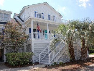 Unit C - Oceanfront - 2 bed / 1 bath - Sleeps Four - MONTHLY ONLY - No Pets