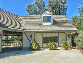 Guest home on Picturesque Ranch-Pool-Close to Wineries,OHV,etc. Horses Welcome!