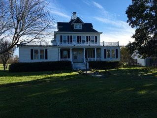 Spacious Historic Bay Home with Incredible Views. Perfect for Large Families!