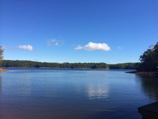 Beautiful 4 BR Home on Lake Hartwell with Amazing view, dock, & fire pit