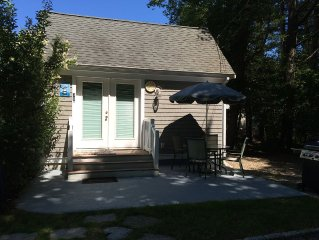 Charming Marion Village Cottage!
