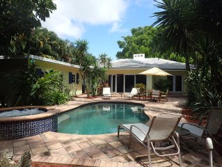 Private in-town Delray Beach Oasis