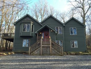 Spacious 4 Bdrm,  4 Bthrm Home At Wintergreen Resort, Rent 4 nights get 5th free