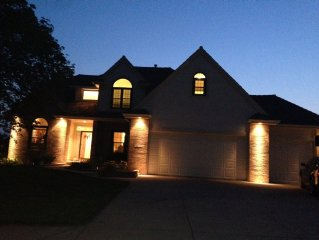 Luxury golf course home. Omaha's most 5 star ⭐️ reviews