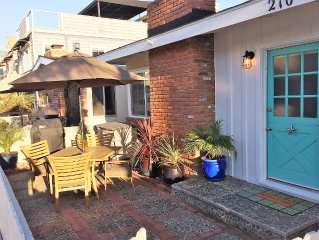 Starfish Cottage-Charm/Comfort, Remodeled, Clean, 1 Blk To Beach,2 Blks To Bay