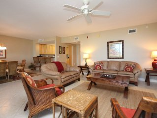 Fabulous Bayharbour Condo with boat dock!  New April dates just opened!