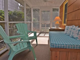 Beautifully Renovated and Just 100 Steps to the Ocean Access!