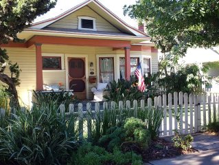 Family friendly vacation cottage in central Coronado village