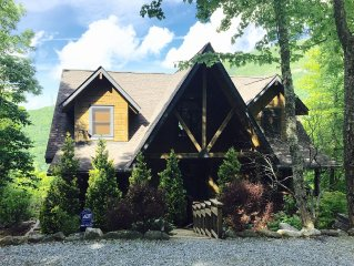 Family Friendly Log Cabin W/amazing Waterfall & Valley Views Not To Be Missed