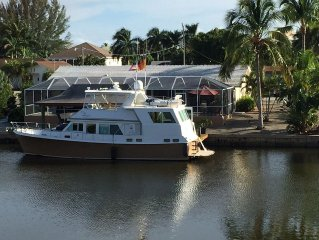 Canal Home With Large Pool, Dock, Mid Island,