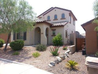 Northwest Phoenix Desert Escape - Gated Community, Safe & Serene