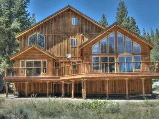 Stunning 3+ BR Mountain Home In The Best Location Of Tahoe Donner