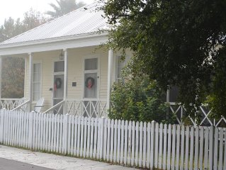 Historic Home 1 Block from Beach