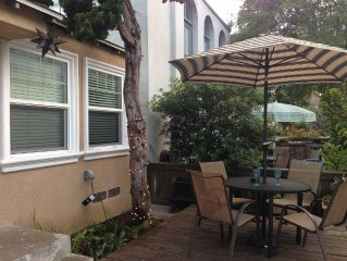 Adorable Beachy Cottage in the heart of Mission Beach! Close To EVERYTHING!