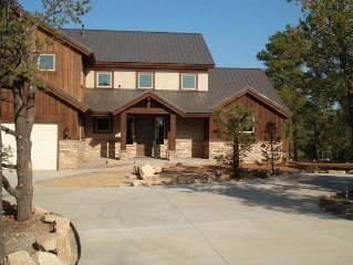 Beautiful Upscale Mountain Retreat - 7 miiles from East gate of Zion Nat'l Park
