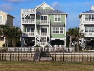 5 Bedroom Canal Home with Boat Dock, Pool, Kayaks, Fenced Yard, and Ocean View!