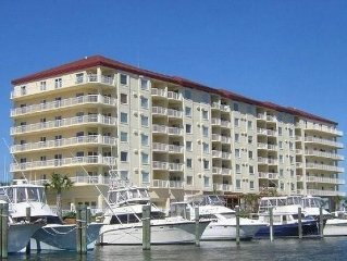 Beaufort NC Condo with Amazing Water Views, with access to 2 boats