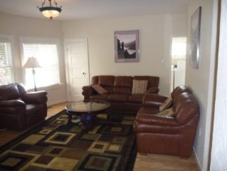 3 BR/2 BA Updated Condo in Gourmet Ghetto, walk to UC/BART