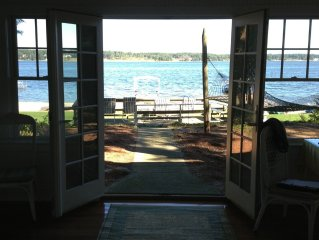 Charming Frank Lloyd Wright Gale Cottage-Private Dock, Large Beach, Yard, & Deck