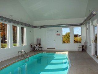 Private Indoor Swim Pool,Hot Tub, Free Golf&Mini Golf, Tennis, Fire Pit