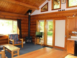 Family Friendly Log House with hot tub, right on the Methow Valley Ski Trail