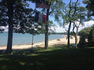 Renee's Beach House on the Lake