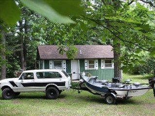 Devils Hole Lodge - Muskegon River, Newaygo
