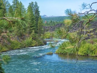 River View with Access,10 min from downtown Bend/ Fishing, Hiking, Biking