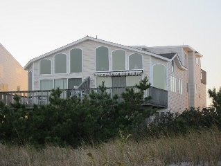 Spectacular 5-Bedroom, 4-Bath Oceanfront Townhome; Lower rates for 6/3 & 6/10 Wk