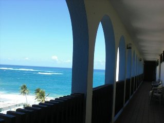 2BR/2BA Ocean Views, Penthouse Lvl, Steps to Beach! New Furniture! New Photos!