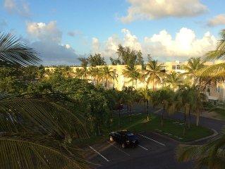 Villa Azul - Beautiful & Spacious 4BR, 4.5BA  with Pool, Beaches and Golf