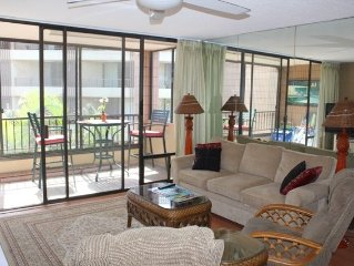 Fall & Winter Special Rates on now!! Spacious Oceanfront One Bedroom Condo