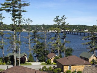 'The Seguin' A Fabulous Ocean Resort Maine Style Cottage